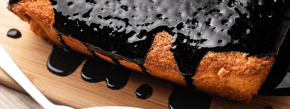 Como fazer bolo de cenoura saudável com calda de chocolate