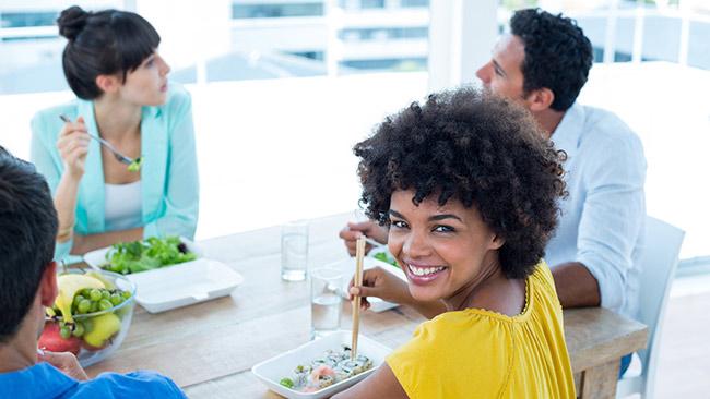 Aproveite o período de almoço para investir na sua carreira