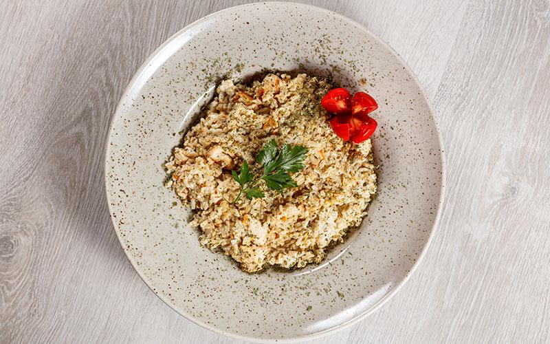 Risoto com sobras de arroz e frango