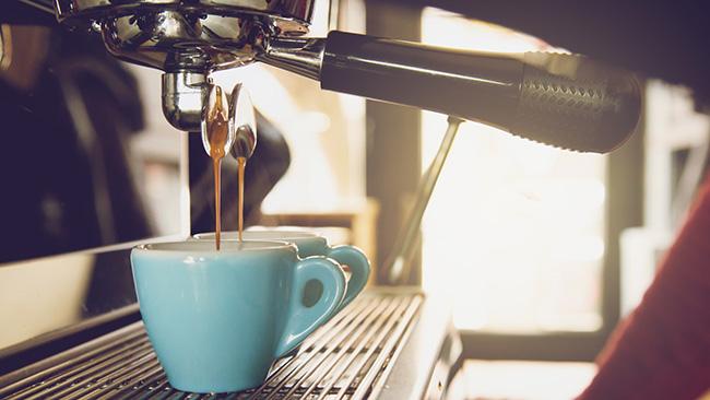 Conheça os tipos mais populares de café para pedir na padaria