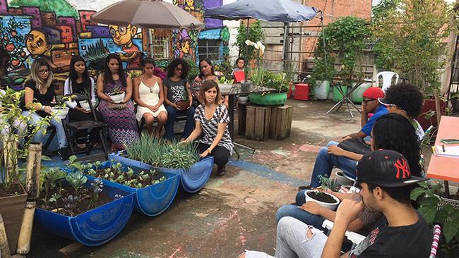 Workshop sobre plantio orgânico na Horta da Laje de Paraisópolis