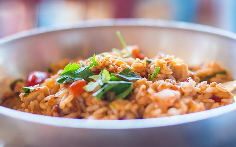 Receita arroz à grega sustentável