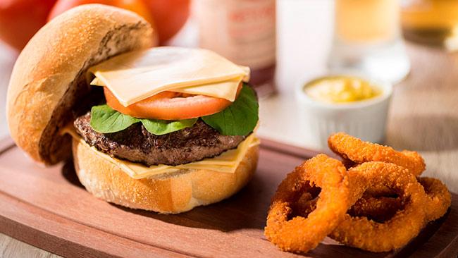 Qual é o seu acompanhamento de hambúrguer favorito?