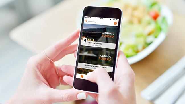 Use o seu vale-refeição no app Onyo e não pegue fila na praça de alimentação