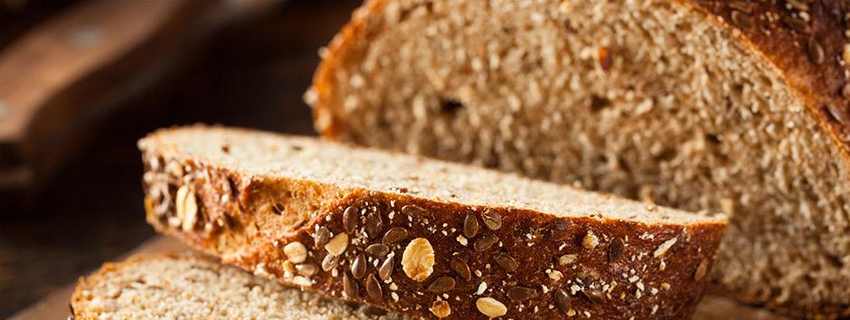 Aprenda a fazer pão em casa! Receita de pão integral e saudável